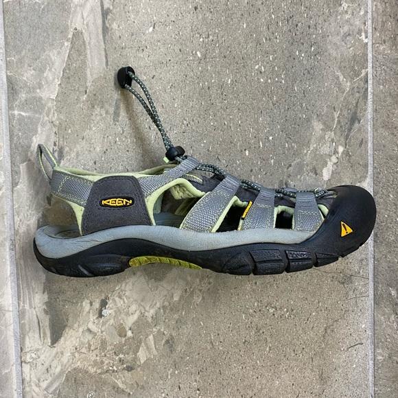 Keen Whisper Waterproof Hiking Sandals Women's 7